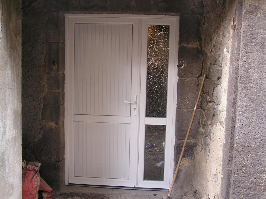 Atoutbaie vannes articles for Porte de service pvc